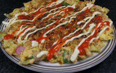 Okonomiyaki (Japanse  pannenkoekjes)