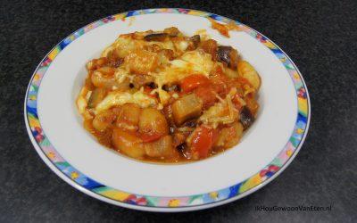 Ovenschotel met gnocchi, aubergine en mozzarella