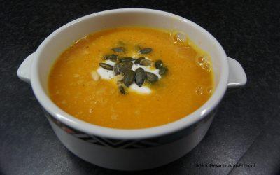 Zoete aardappelsoep met paprika