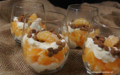 Toetje met mandarijn, mascarpone en kruidnootjes