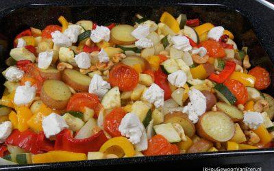 Traybake met koolraap, pastinaak en roseval aardappelen