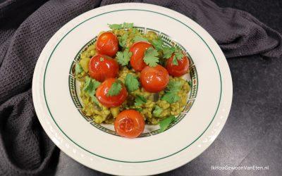 Tarkari – Auberginecurry met linzen en cherrytomaatjes