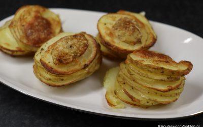 Aardappel-Parmezaan torentjes